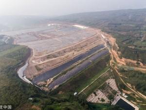 国内最大垃圾填埋场将封场 提前20年饱和 (6)